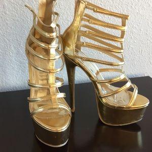 Shoes - Gold platform HIGH heeled sandals